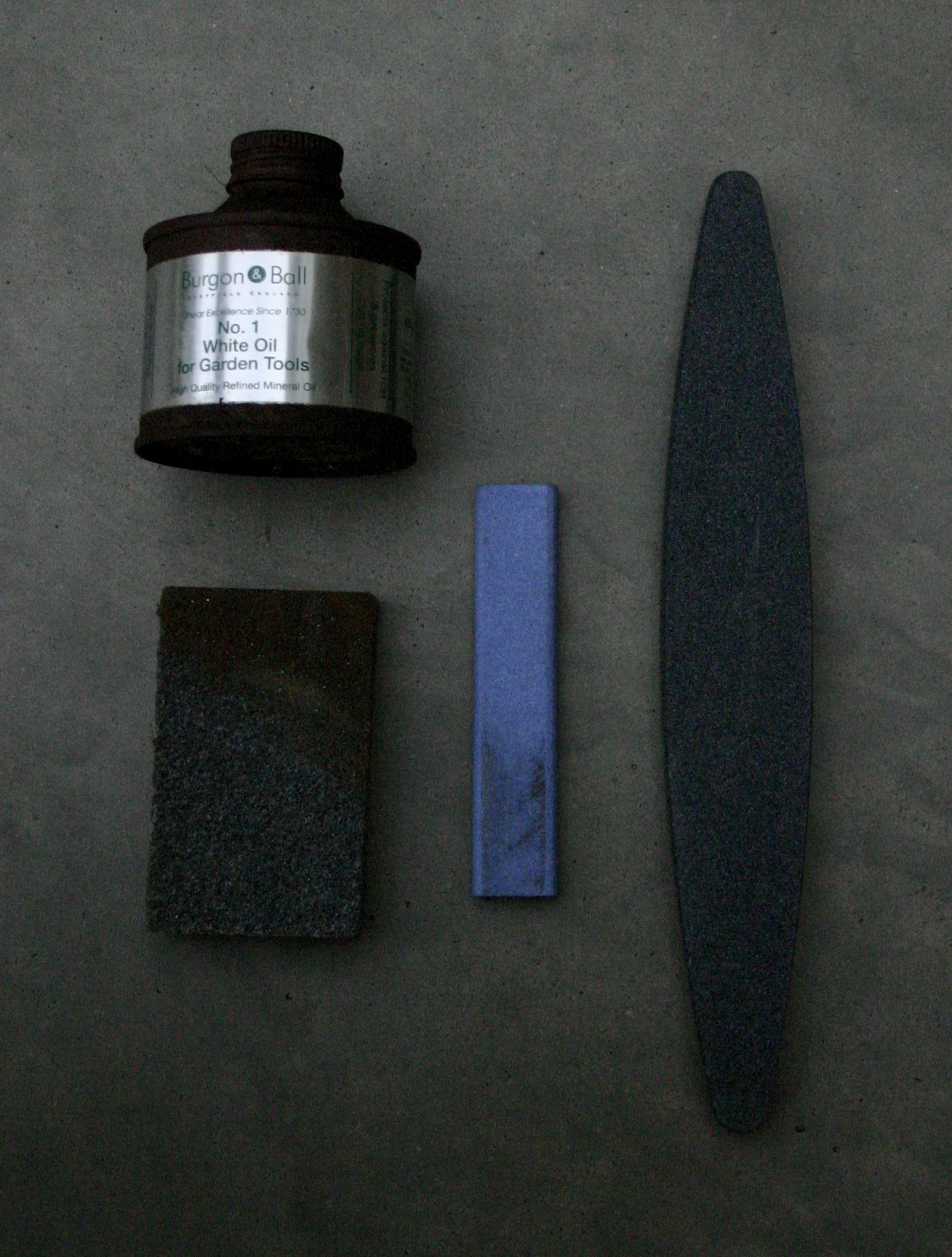 tools for tool cleaning