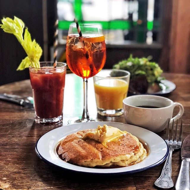Bringing you some #Saturdaymotivation - get off the phone and get over here cos this is what you're missing! 😏🥞🥂⠀⠀⠀⠀⠀⠀⠀⠀⠀ ..⠀⠀⠀⠀⠀⠀⠀⠀⠀ Brunch served every Saturday from 11am - you can even make it bottomless from as little as £15 - see website for details (link in bio👆)⠀⠀⠀⠀⠀⠀⠀⠀⠀ ..⠀⠀⠀⠀⠀⠀⠀⠀⠀ 📷 by the lovely @jennifer.earle 😘⠀⠀⠀⠀⠀⠀⠀⠀⠀ _______________________________________________________⠀⠀⠀⠀⠀⠀⠀⠀⠀ #londonbrunch #brunchlondon #veganbrunch #saturdaybrunch #bottomlessbrunch #bottomlessbrunchlondon #eastlondonfood #eastlondonbrunch #eastlondon  #londonfood #eastlondonliving #londonfoodguide #eastlondonlife #leytonstone #e11 #wanstead #londonpubs #eastlondonpub #veganeats #veganlondon #londonvegan #leyton #forestgate #e20 #thisislondon #londonliving #timeoutlondon #eaterlondon #thebirdspub