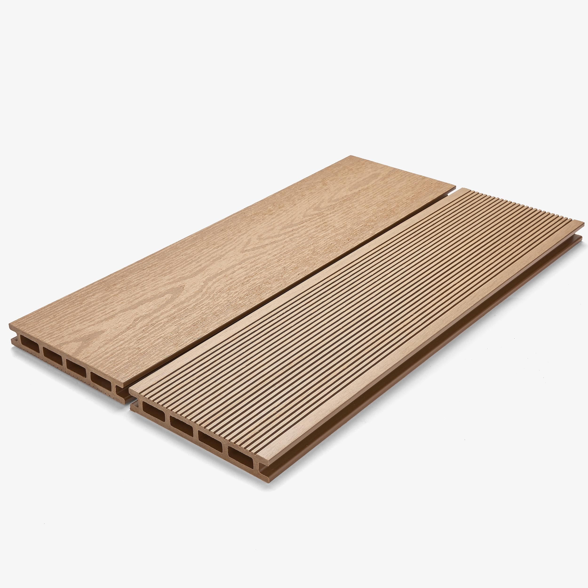 DURATRAC Decking - Pioneer - Oak.jpg