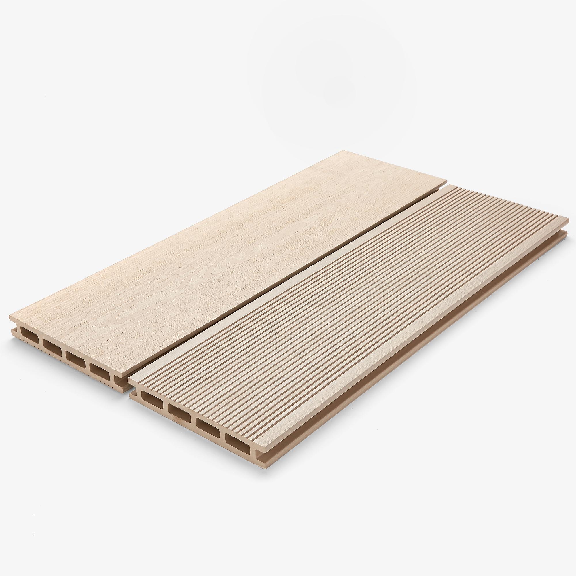 DURATRAC Decking - Pioneer - White Ash.jpg