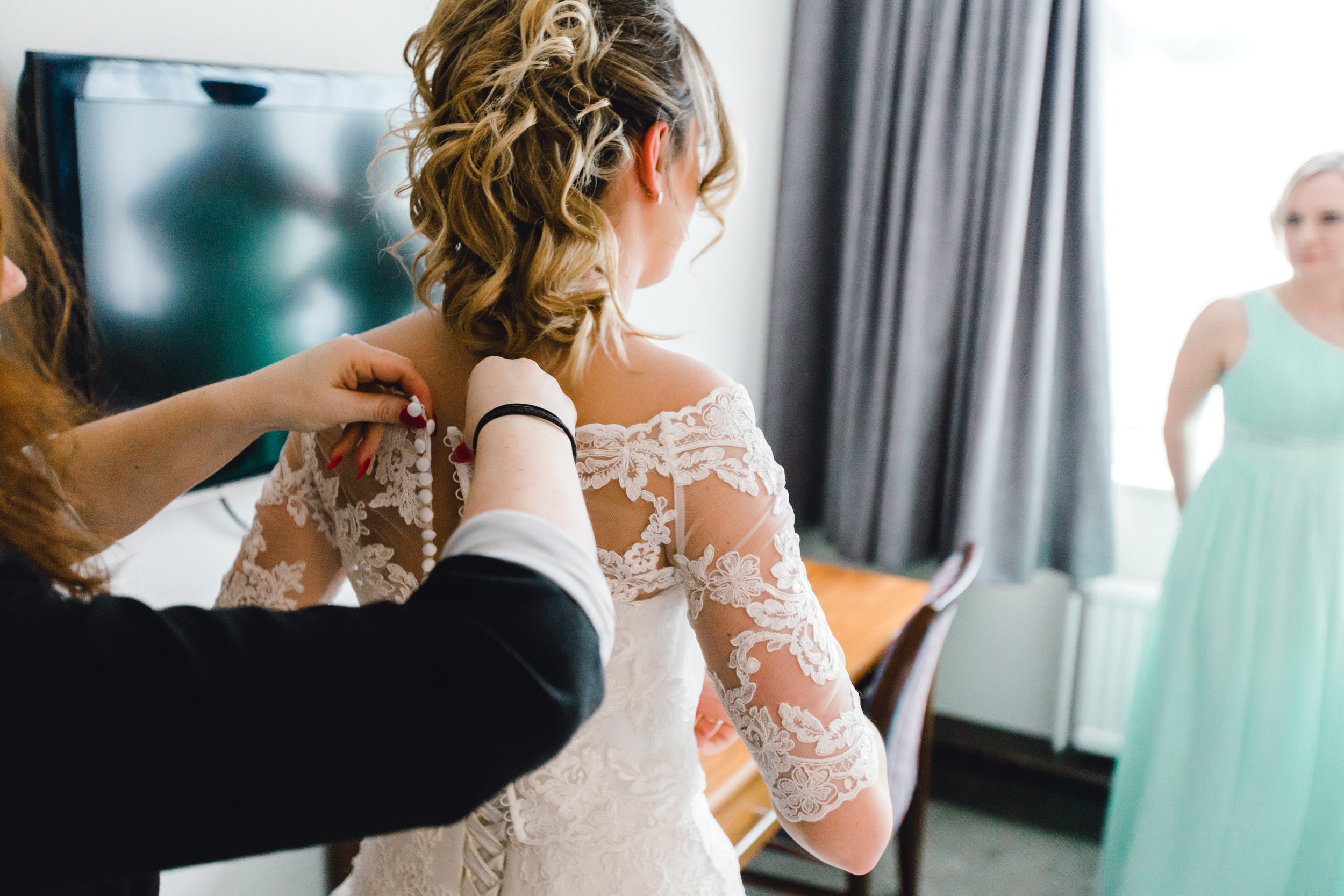 The final touch-ups before a wedding