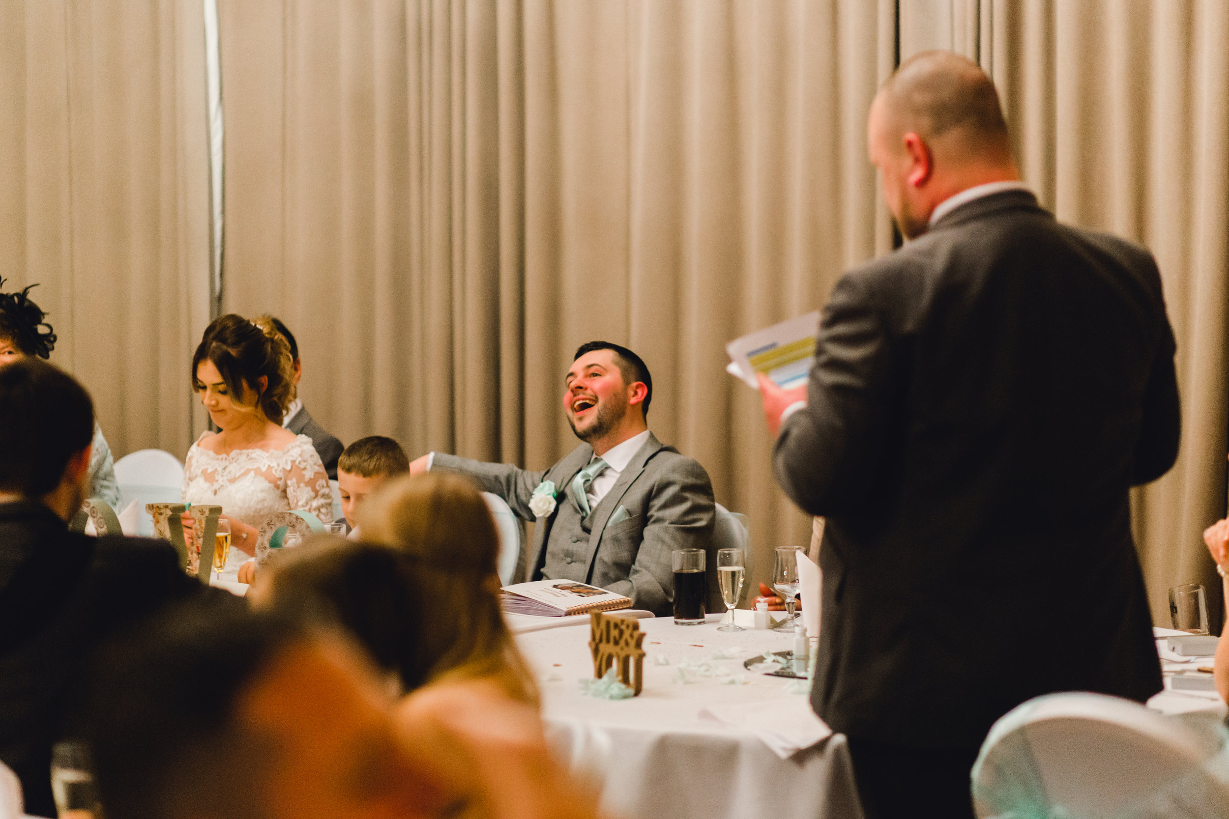 embarrassing stories from the best man during wedding speeches