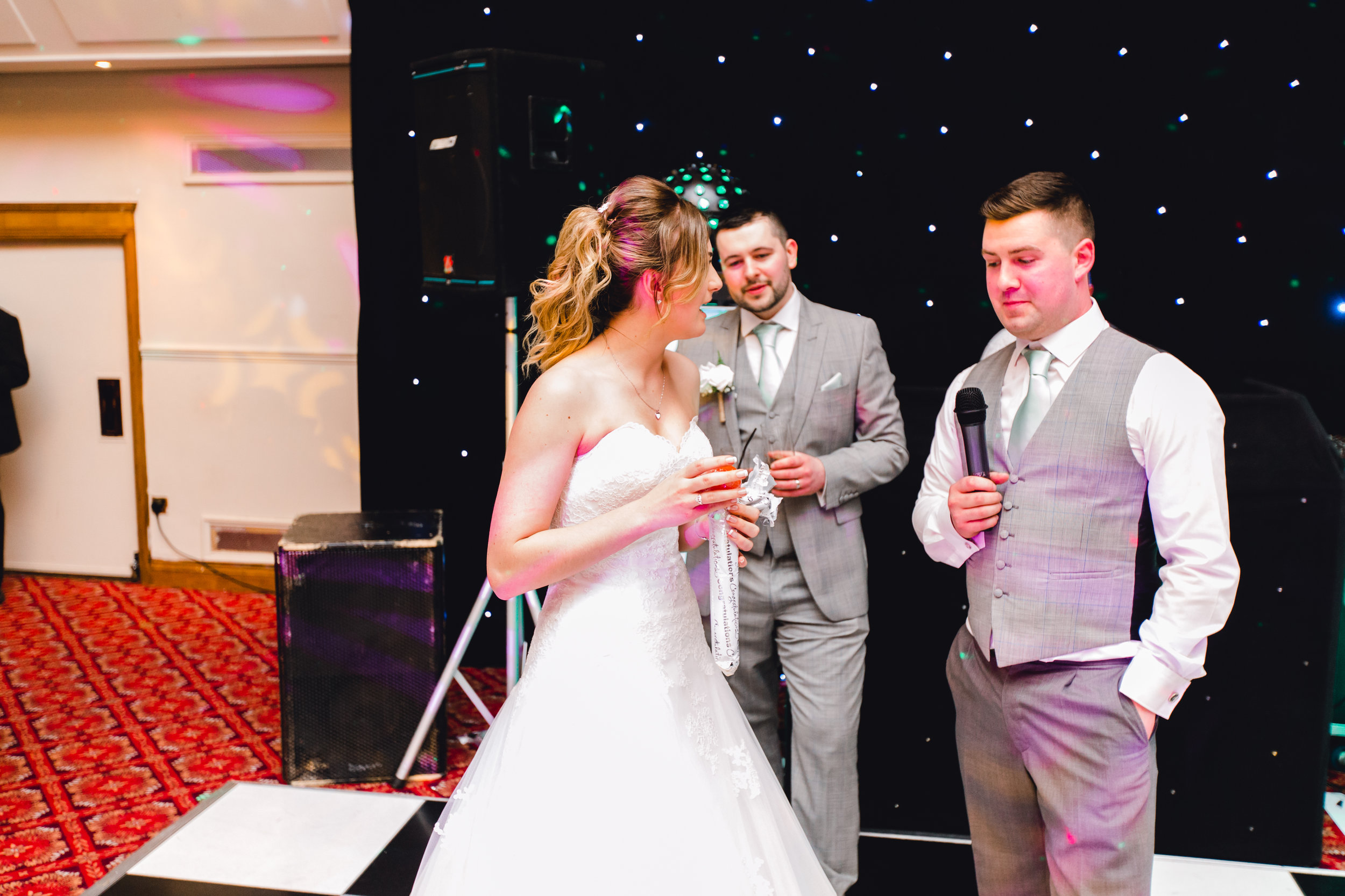 Best man plays funny prank on the bride and groom