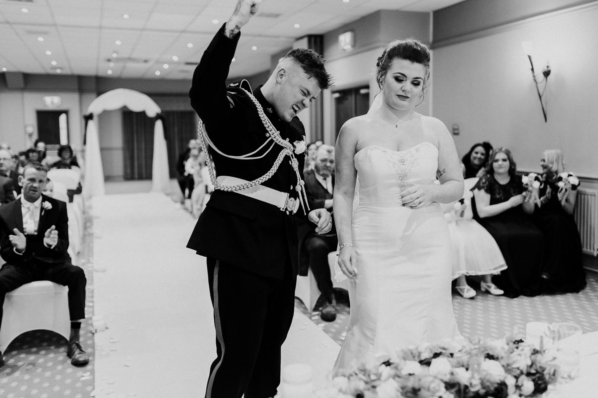 Mollingtonbanastre_wedding-12.jpg