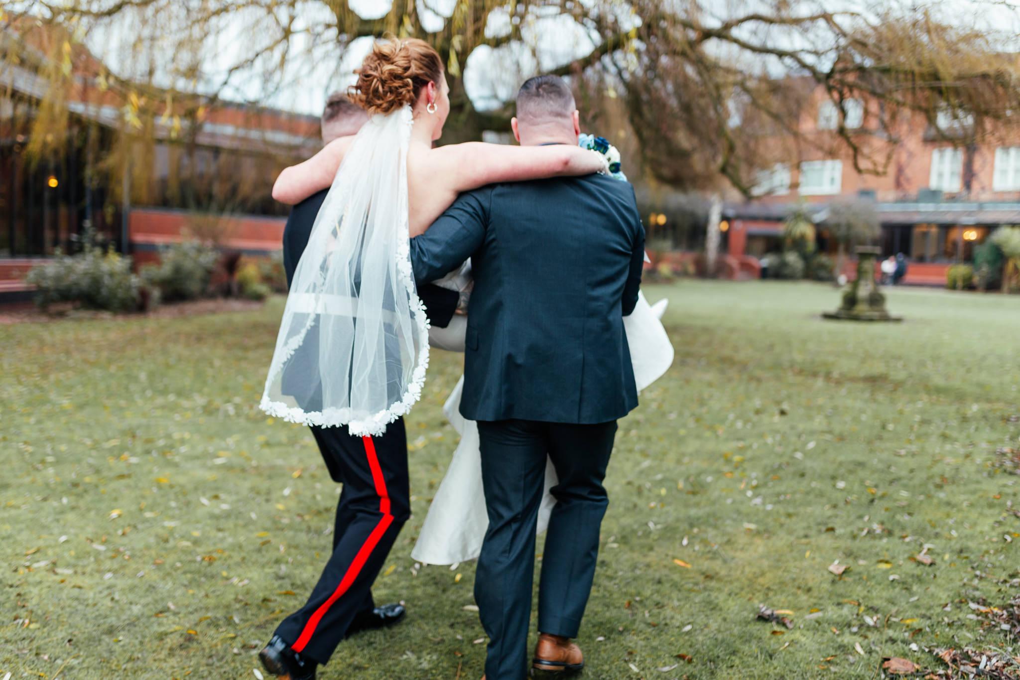 Mollingtonbanastre_wedding-14.jpg