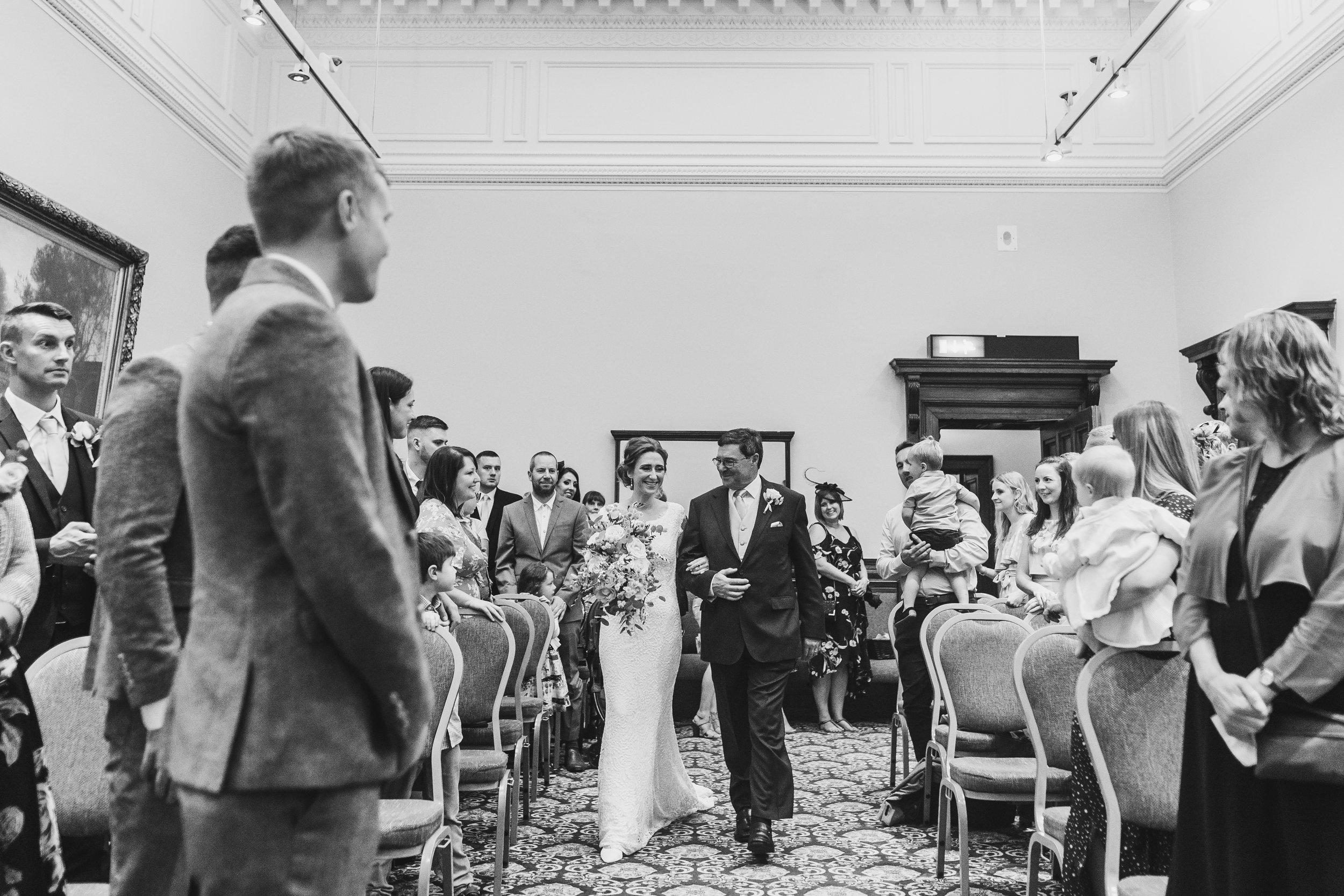 st-georges-hall-liverpool-wedding-76.jpg