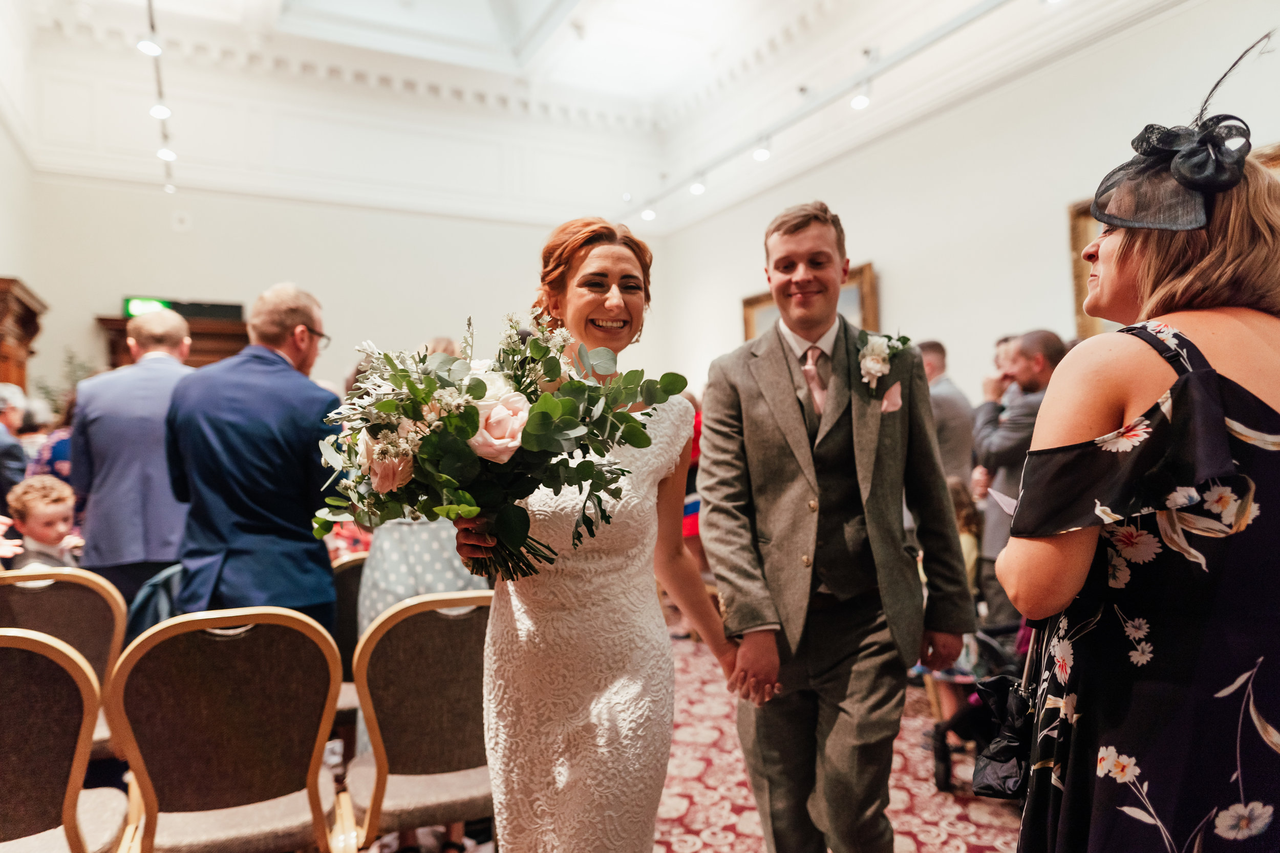 st-georges-hall-liverpool-wedding-122.jpg