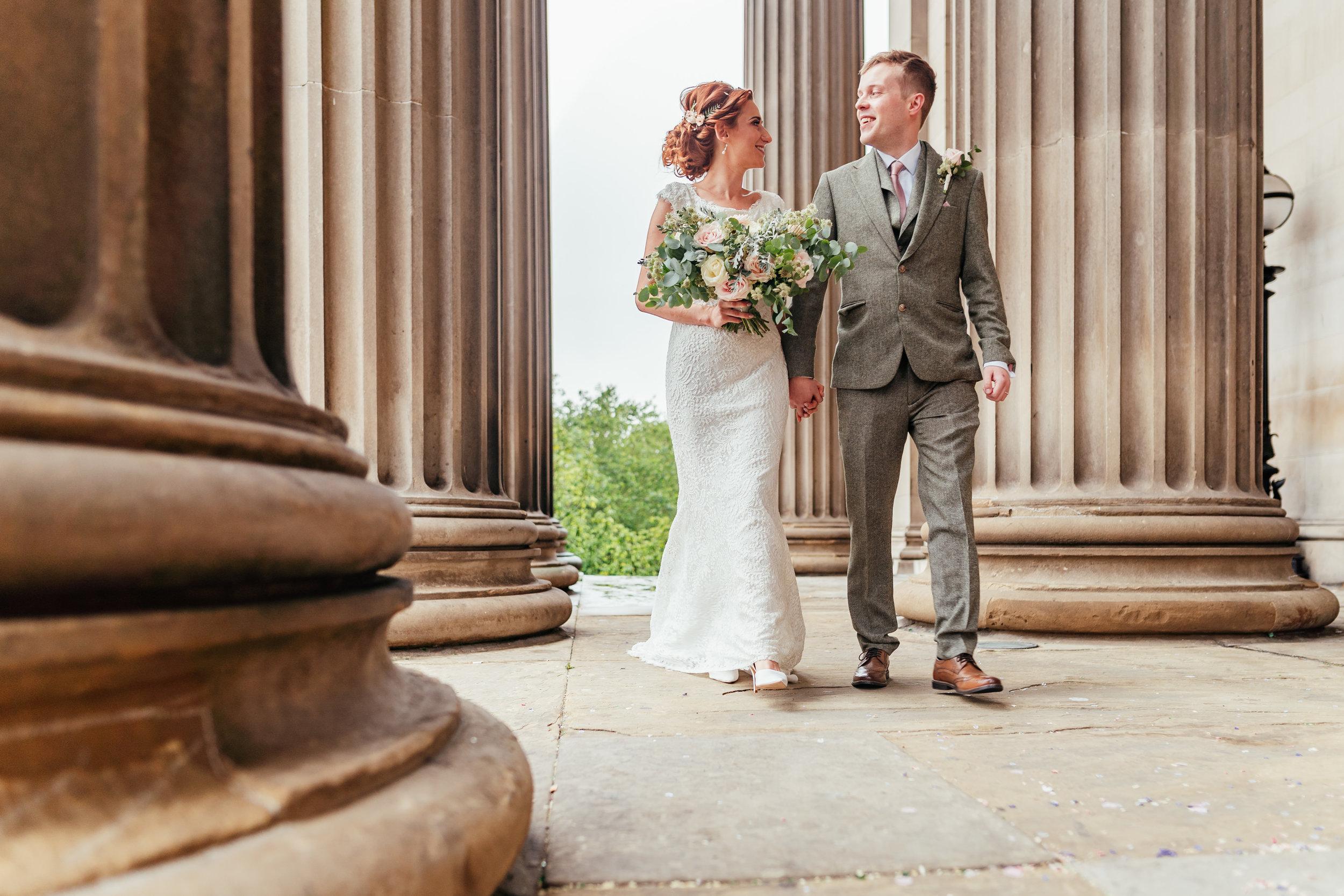 st-georges-hall-liverpool-wedding-140.jpg