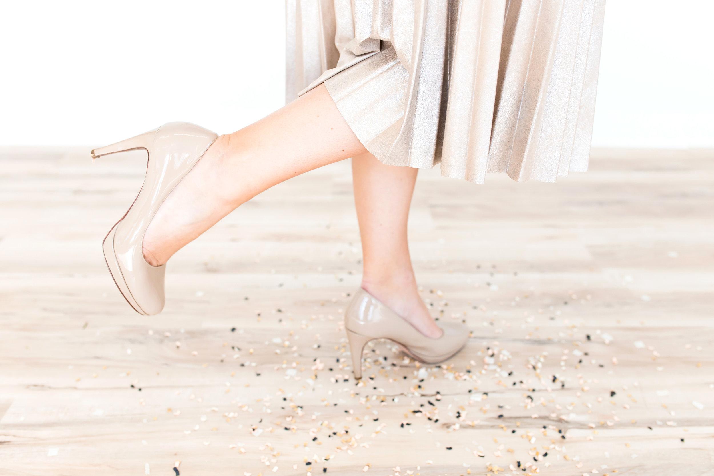 haute-stock-photography-toss-the-confetti-final-3.jpg