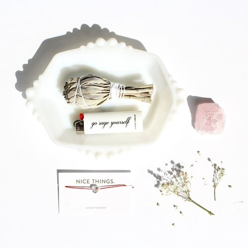 Get yourself some nice things from this chic & effortless brand. Our favorite is the Good Vibe Bride Kit!