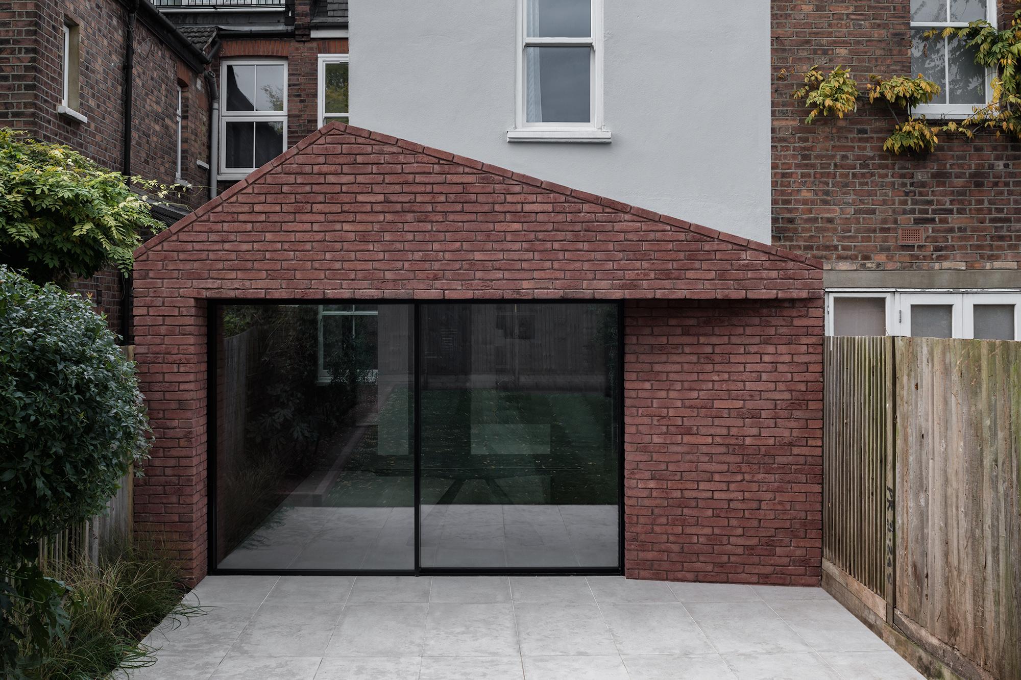 Trewhela Williams _ Sinter House 017.jpg