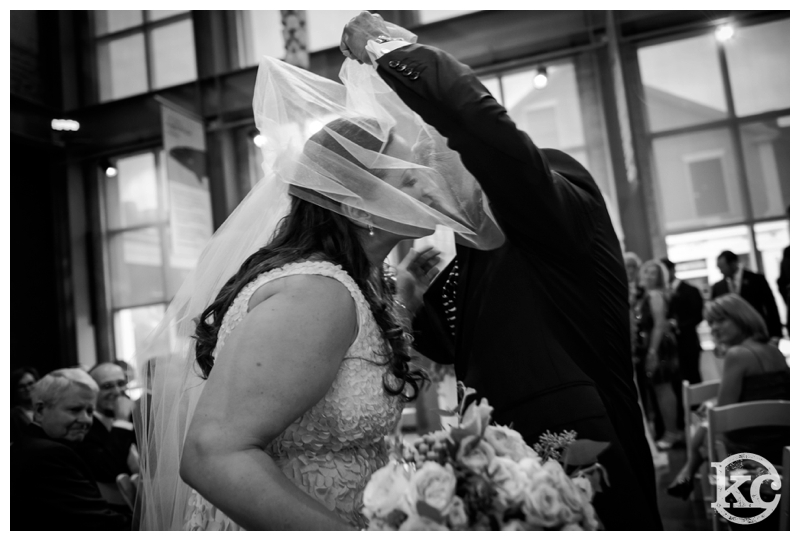 New-Bedford-Whaling-Museum-Wedding-Kristin-Chalmers-Photography_0049