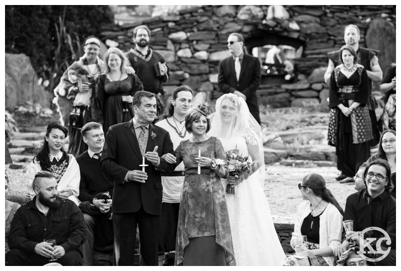 Medieval-Wedding-at-Three-Sisters-Sanctuary-Kristin-Chalmers-Photography_0055
