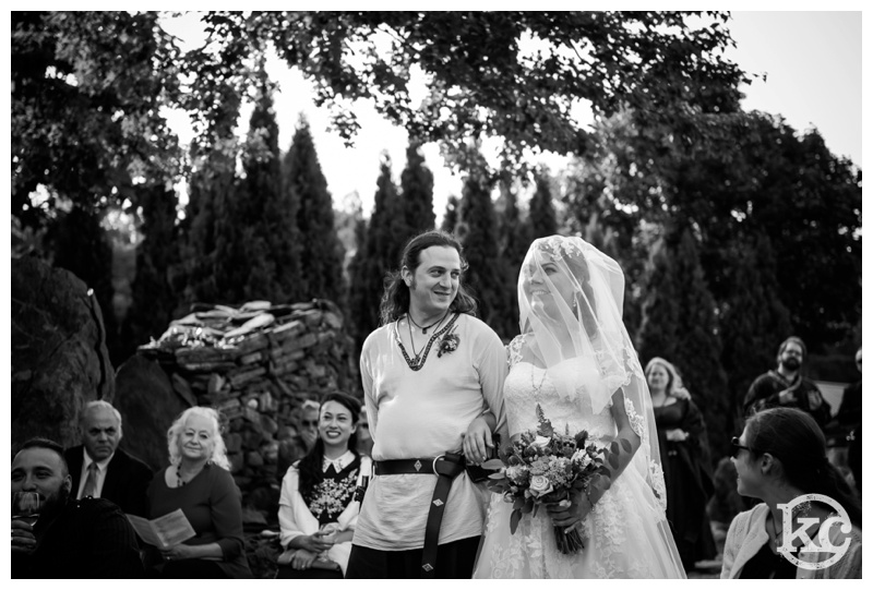 Medieval-Wedding-at-Three-Sisters-Sanctuary-Kristin-Chalmers-Photography_0056
