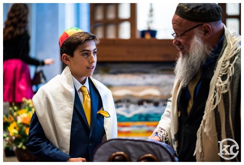 Temple-Beth-Avodah-Bar-Mitzvah-Kristin-Chalmers-Photography_0004