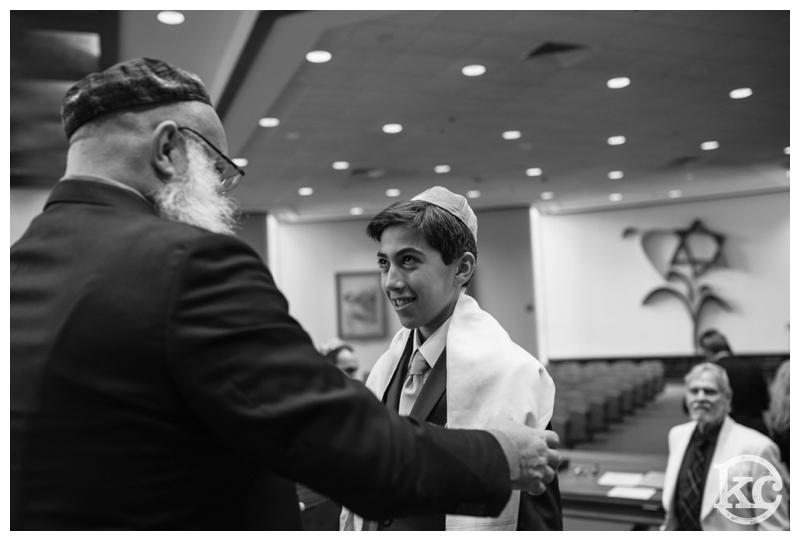 Temple-Beth-Avodah-Bar-Mitzvah-Kristin-Chalmers-Photography_0023