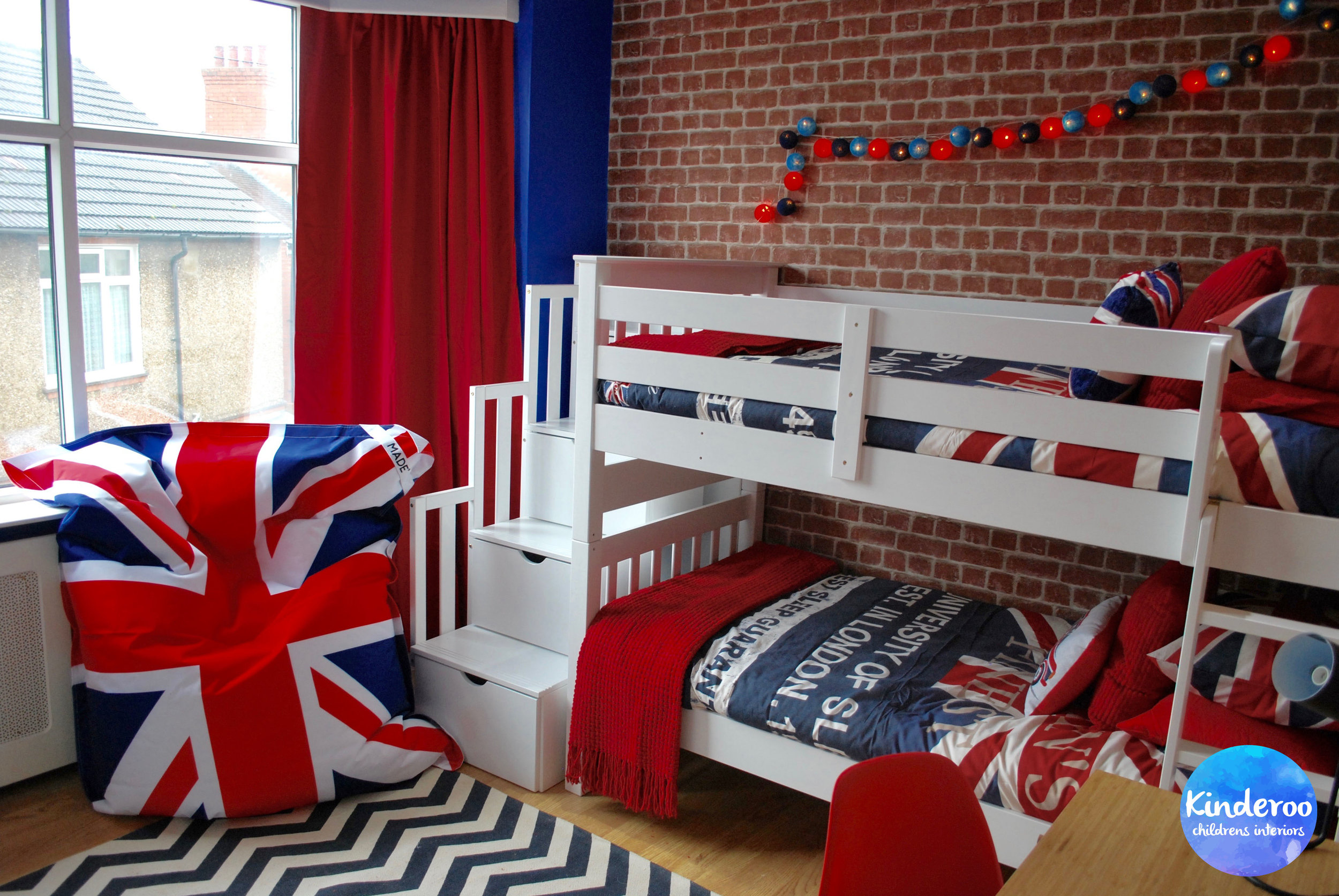 union jack british teen bedroom makeover by kinderoo childrens interiors for make a wish uk 1