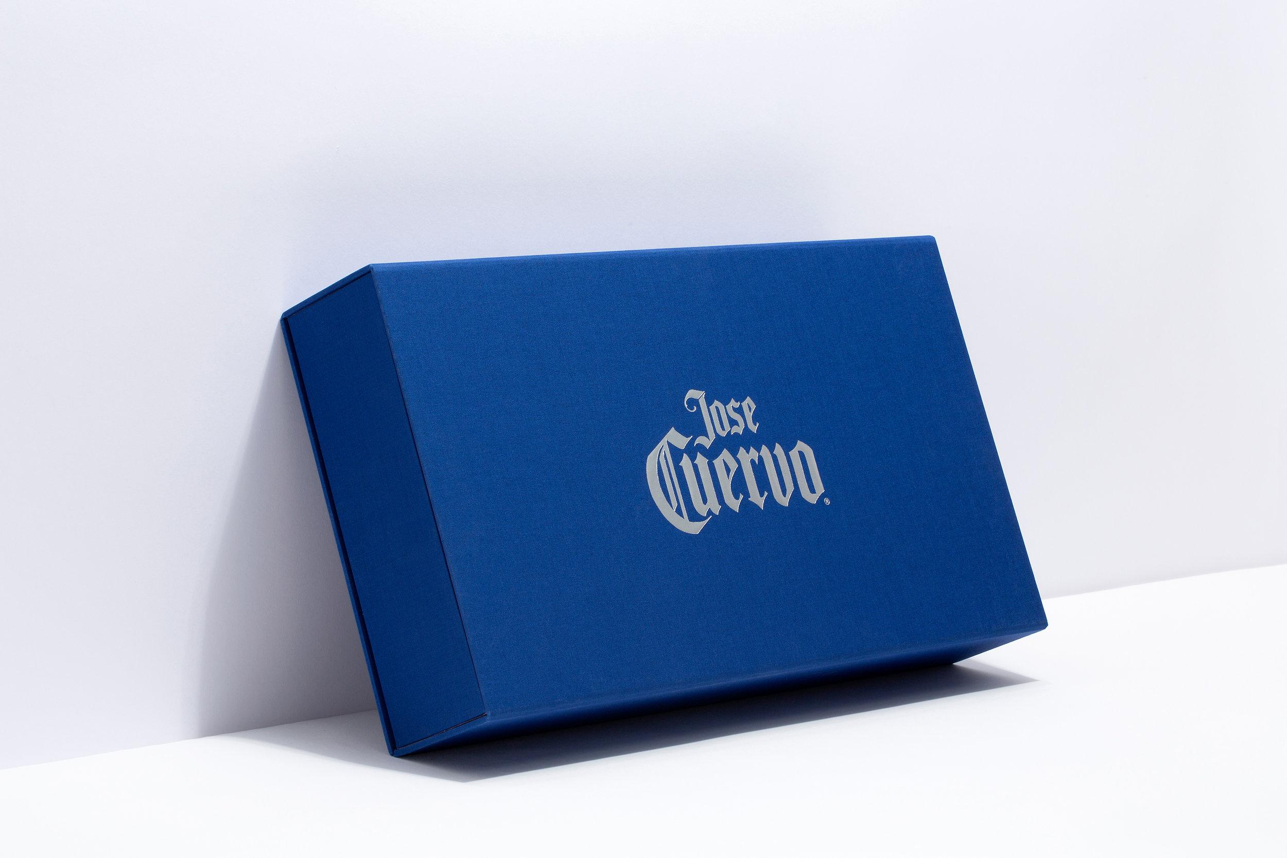 Jose_cuervo_box_1.jpg