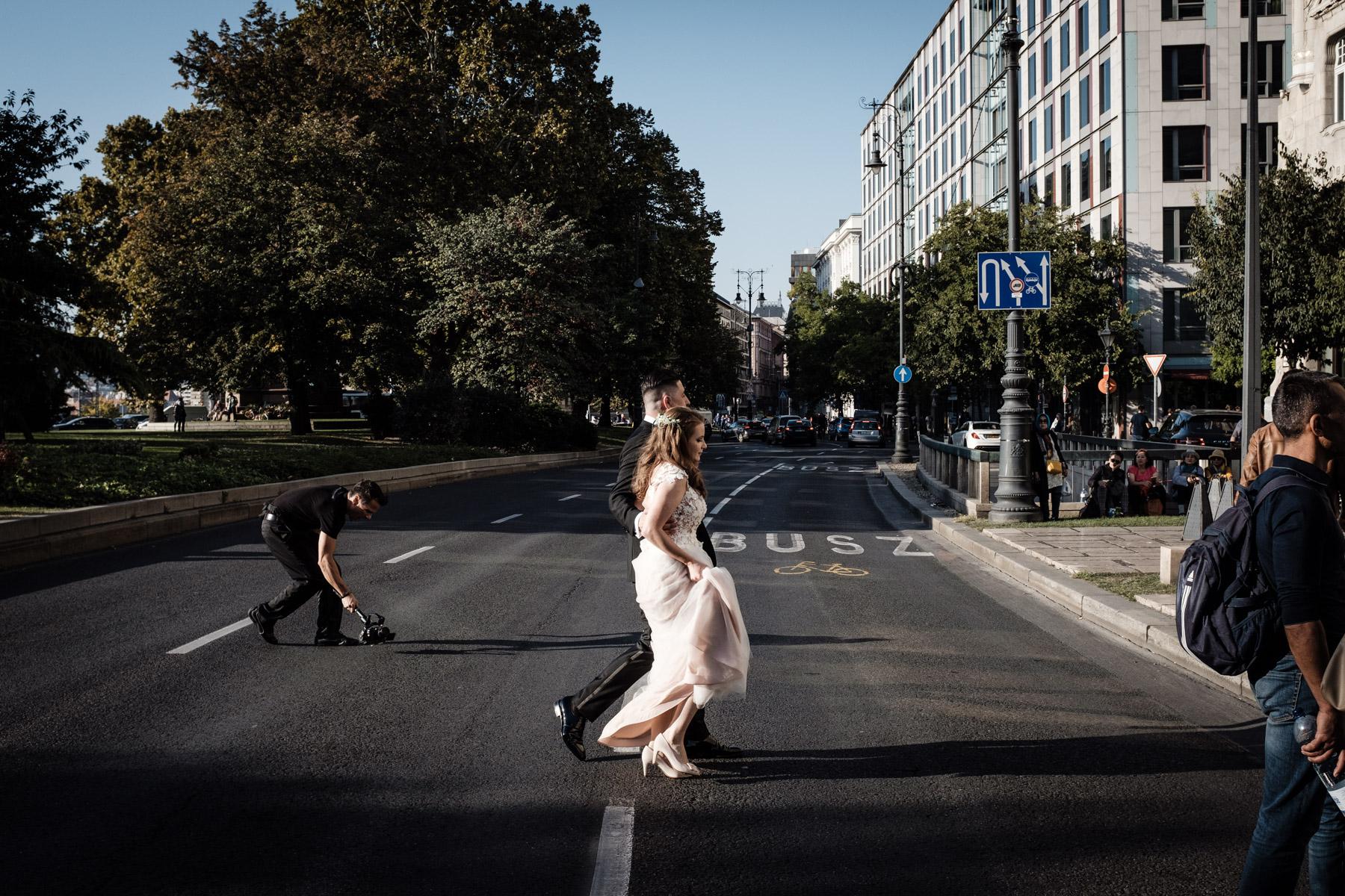 MartinLiebl_Kein_Hochzeitsfotograf_No_Wedding_Photographer_Budapest_Gresham_Palace_022.jpg