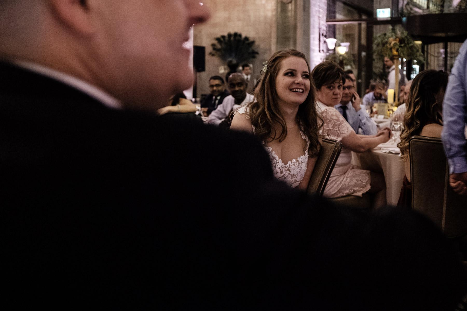 MartinLiebl_Kein_Hochzeitsfotograf_No_Wedding_Photographer_Budapest_Gresham_Palace_066.jpg