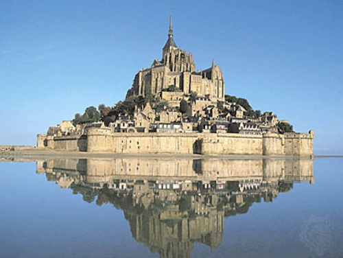 Normandy and Brittany luxury tour - WWII SITES, EXCEPTIONAL MEALS, CALVADOS AND ROUGH SEAS