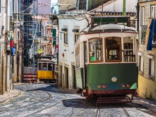 The Soul of Portugal tour - MEDIEVAL VILLAGES, CASTLES, HISTORY, FOOD, FADO AND PORT WINES