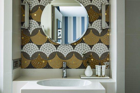 Hotel Bath - Hotel Aiglon