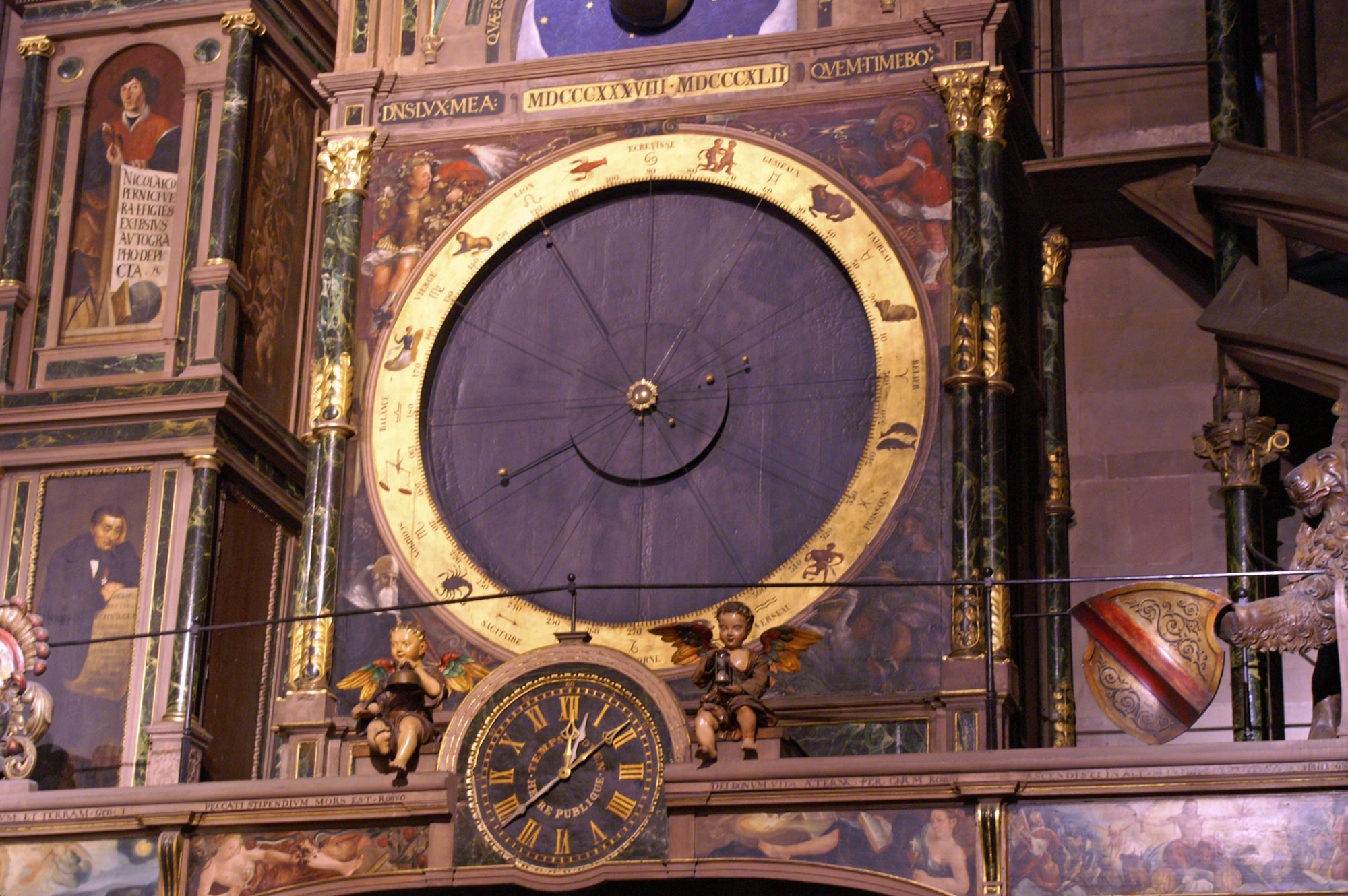 Strasbourg_Cathedral_Clock.jpg