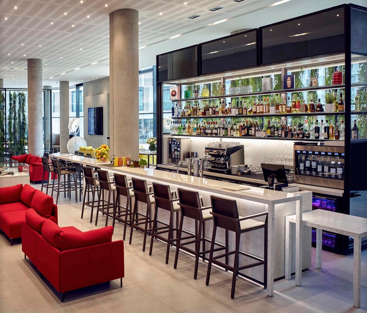 Bar/Lounge - Hotel Pullman Paris at CDG