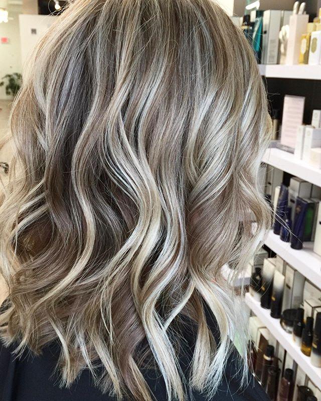 ☀️Dimensional balayage | Gloss | Trim ☀️ . . . . #havensalonnorfolk #behindthechair_com #901academy #dimensionalblonde #havensalonnorfolk #blondebalayage