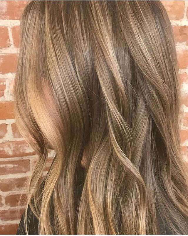 Lightening things up for summer! Beautiful soft balayage for a low maintenance sun kissed look 🤩 #karaathaven #havensalonnorfolk #summerhairvibes
