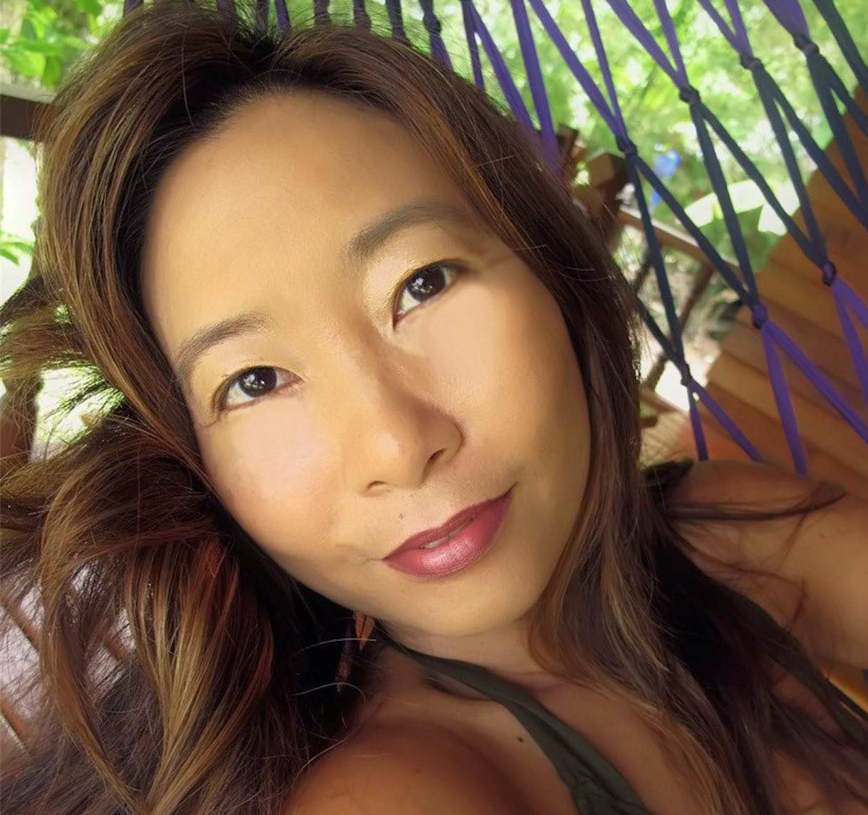 Lorna Li  is a new media strategist to sustainable brands, social ventures and visionary entrepreneurs, helping them attract their tribe and ignite a movement around their mission-driven businesses.  Through podcasting, video blogging and social media, she shares the stories of both indigenous people and the world's foremost experts in psychedelic science, modern shamanism, and consciousness research to inspire each and every one of us to explore the depths of our minds, spirits, planet…and evolve.   Lorna helps intuitives become visionaries and visionaries ignite a movement.