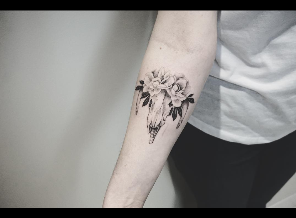 cow skull tattoo.png
