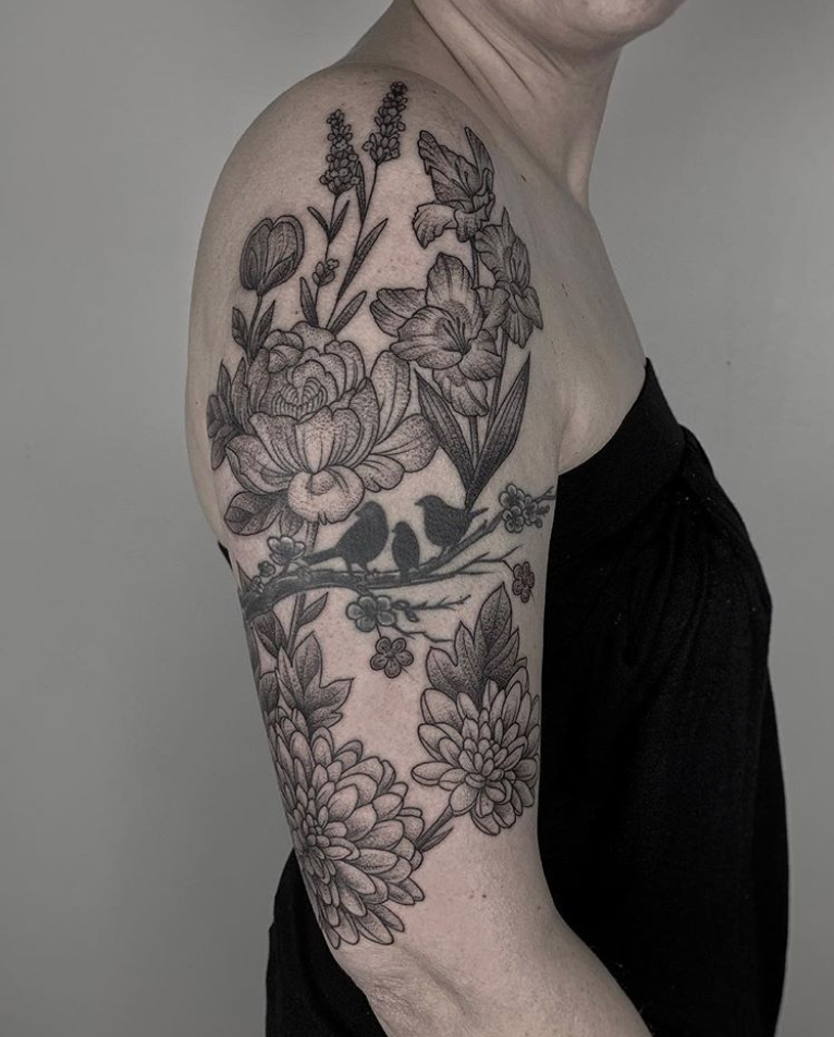 floral tattoo.png