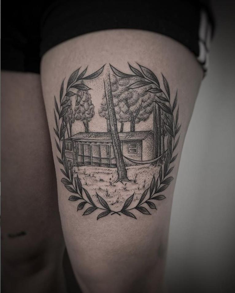 thigh tattoo.png