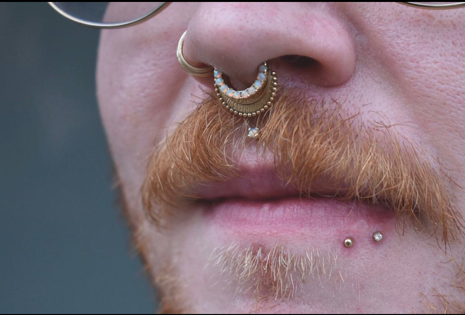 lip piercings.png