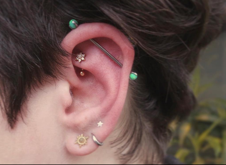 rook piercing.png