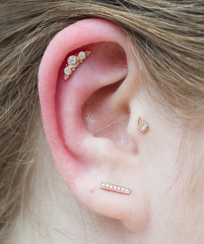 helix piercing.png