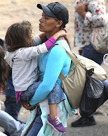 Honduras Family caravaning to US.jpg