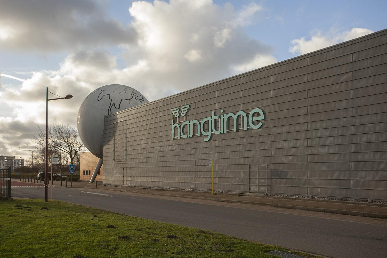 Hangtime_1710 small.jpg