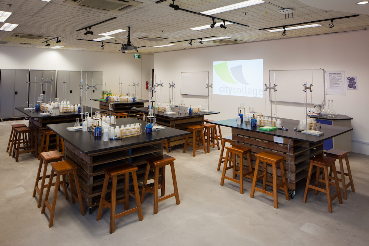 Learning Room 1 (Laboratory set-up)