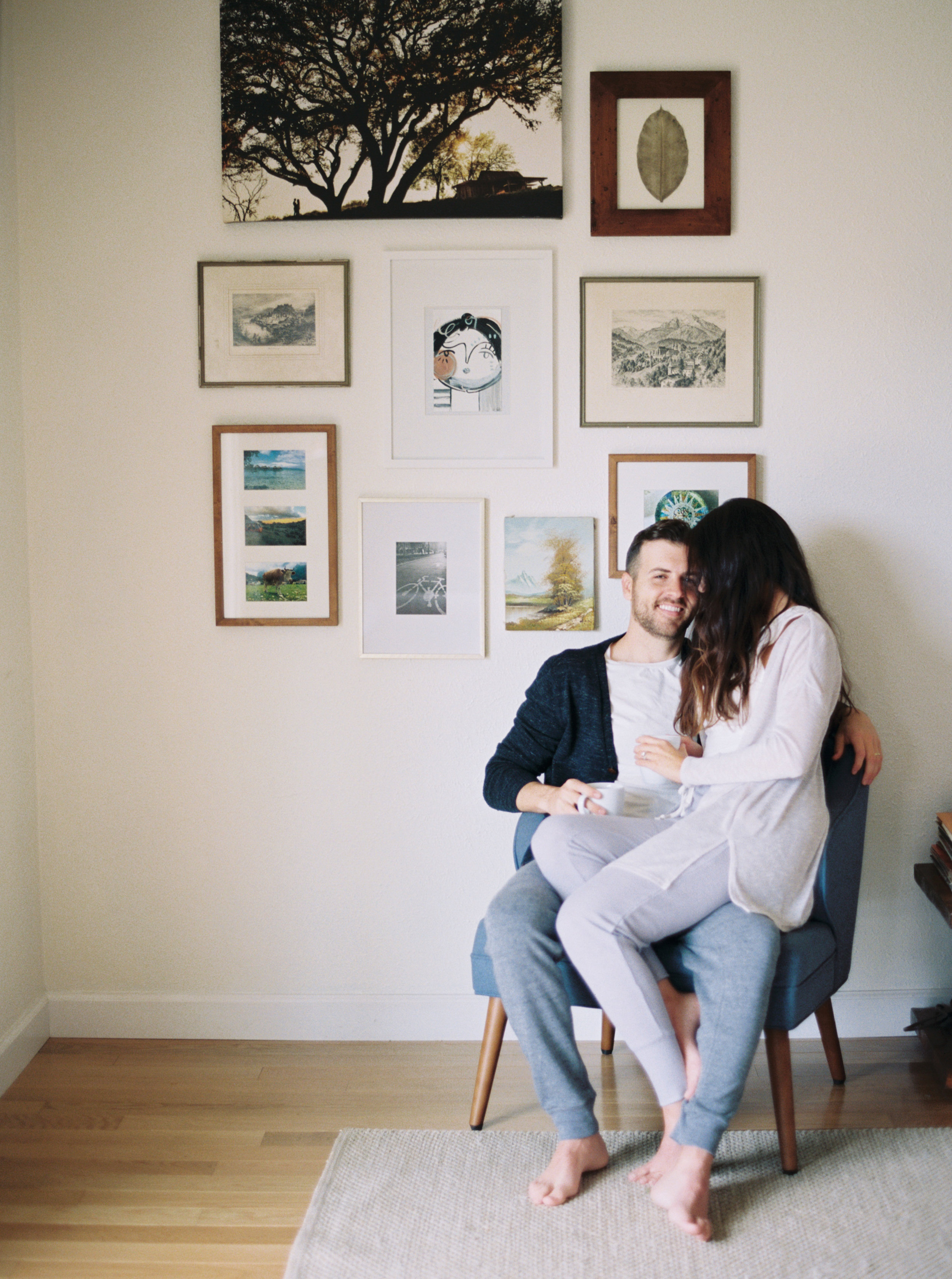 cozy-in-home-austin-family-session-jenna-mcelroy-15.jpg