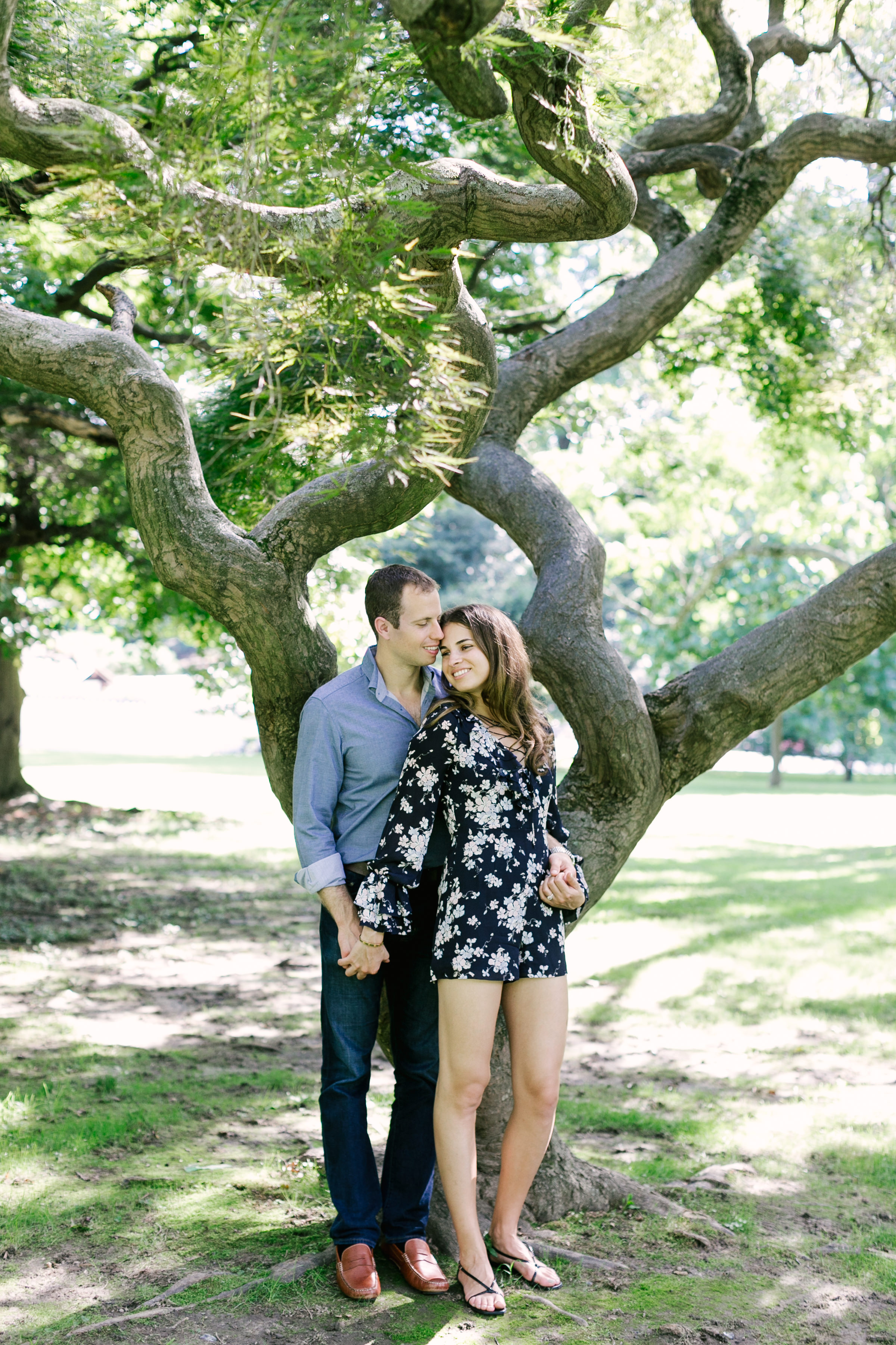photography-family-natural-candid-engaged-fairmount-philadelphia-wedding-horticultural center-modern-lifestyle-03.JPG