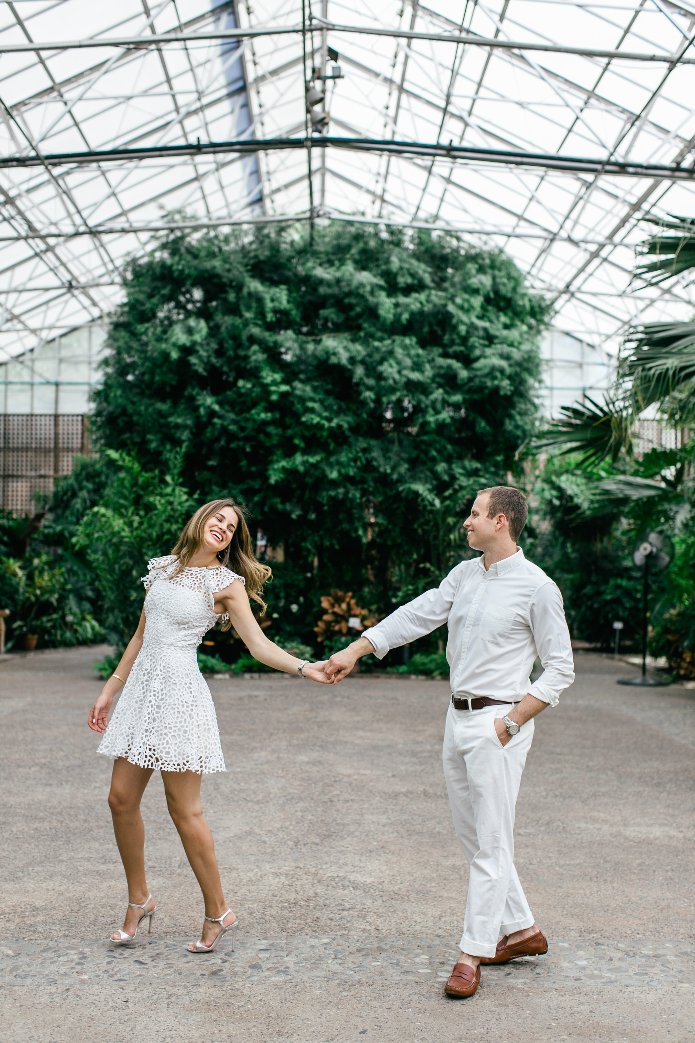 photography-family-natural-candid-engaged-fairmount-philadelphia-wedding-horticultural center-modern-lifestyle-10.JPG