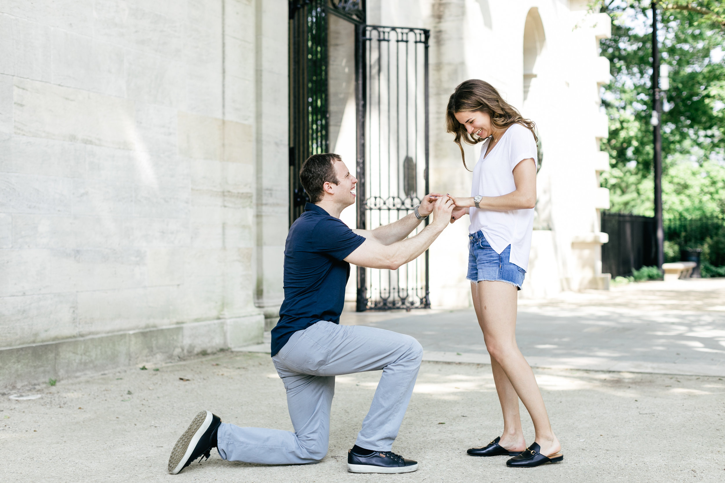 photography-natural-candid-engaged-proposal-philadelphia-wedding-rodin museum-barnes foundation-parkway-modern-lifestyle-03.JPG