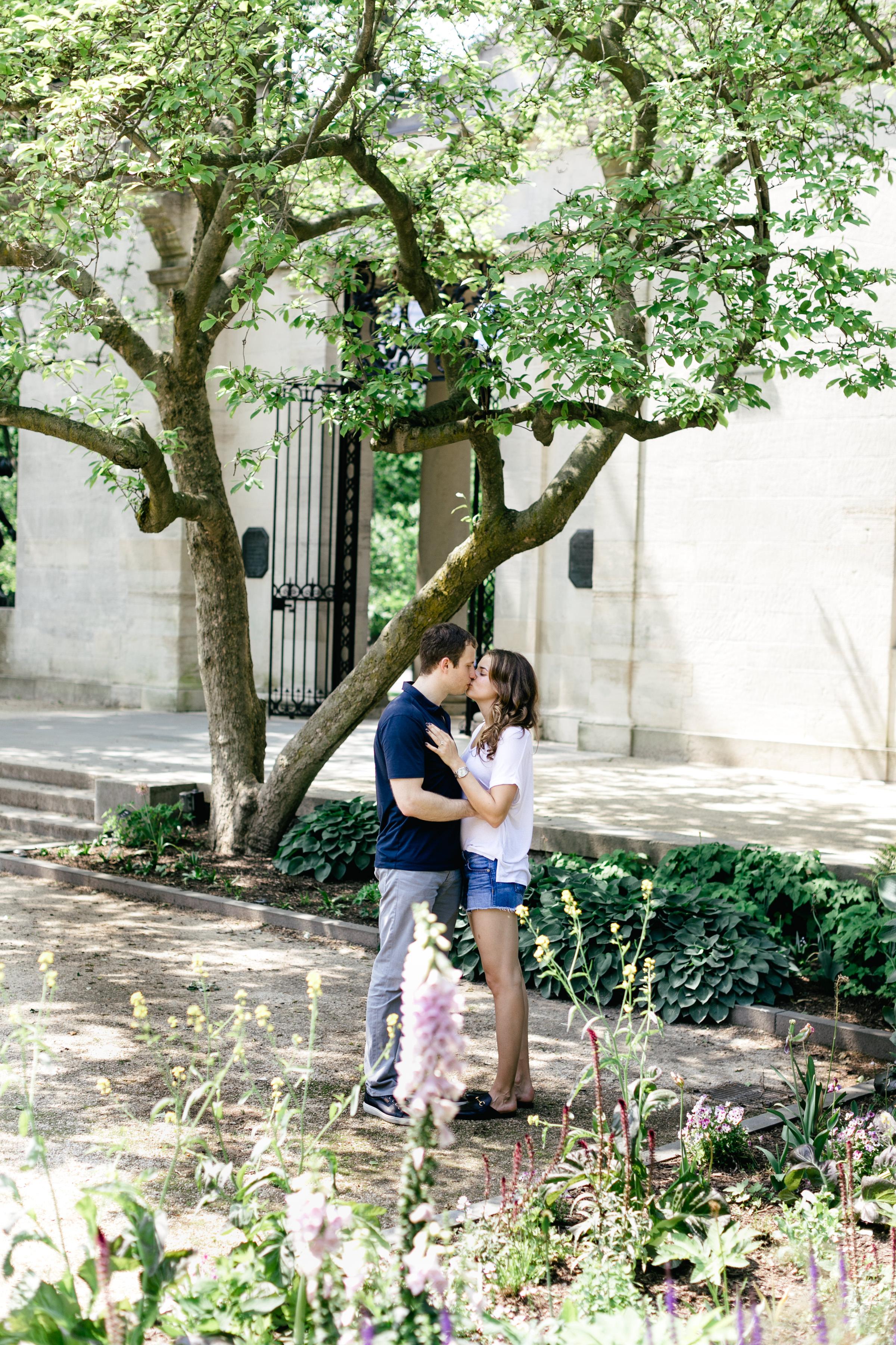 photography-natural-candid-engaged-proposal-philadelphia-wedding-rodin museum-barnes foundation-parkway-modern-lifestyle-08.JPG