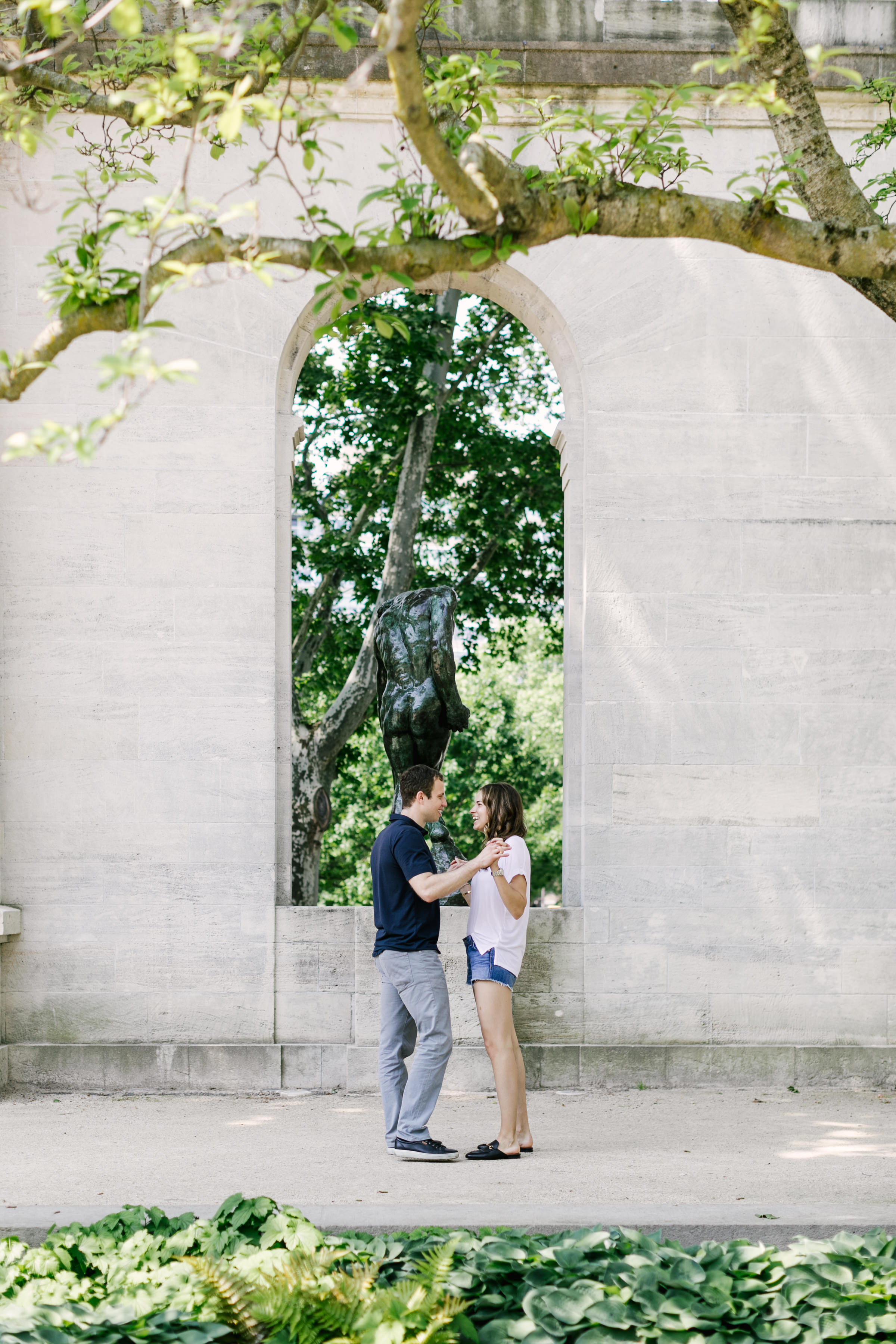 photography-natural-candid-engaged-proposal-philadelphia-wedding-rodin museum-barnes foundation-parkway-modern-lifestyle-14.JPG