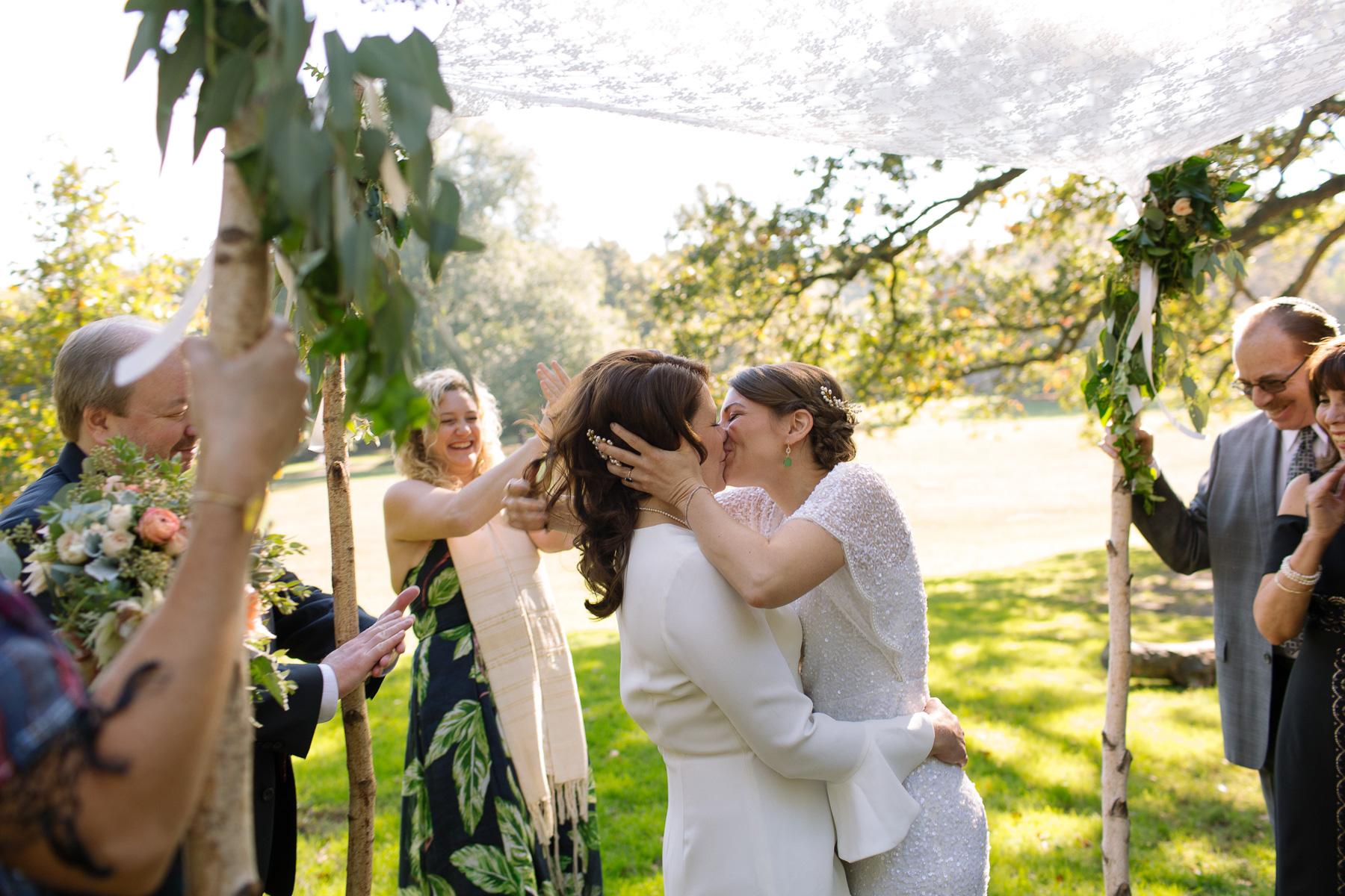 2018_NYC_Wedding_Photographer_Nontraditional_Candid-113.jpg