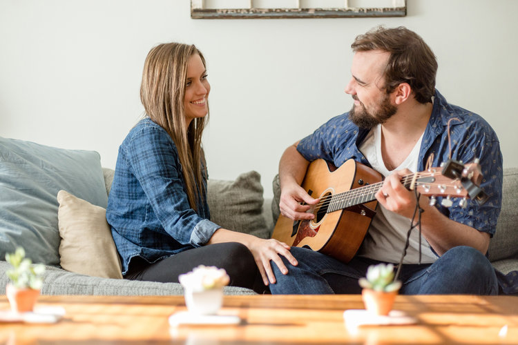 THE TAYLOR'S IN-HOME SESSION