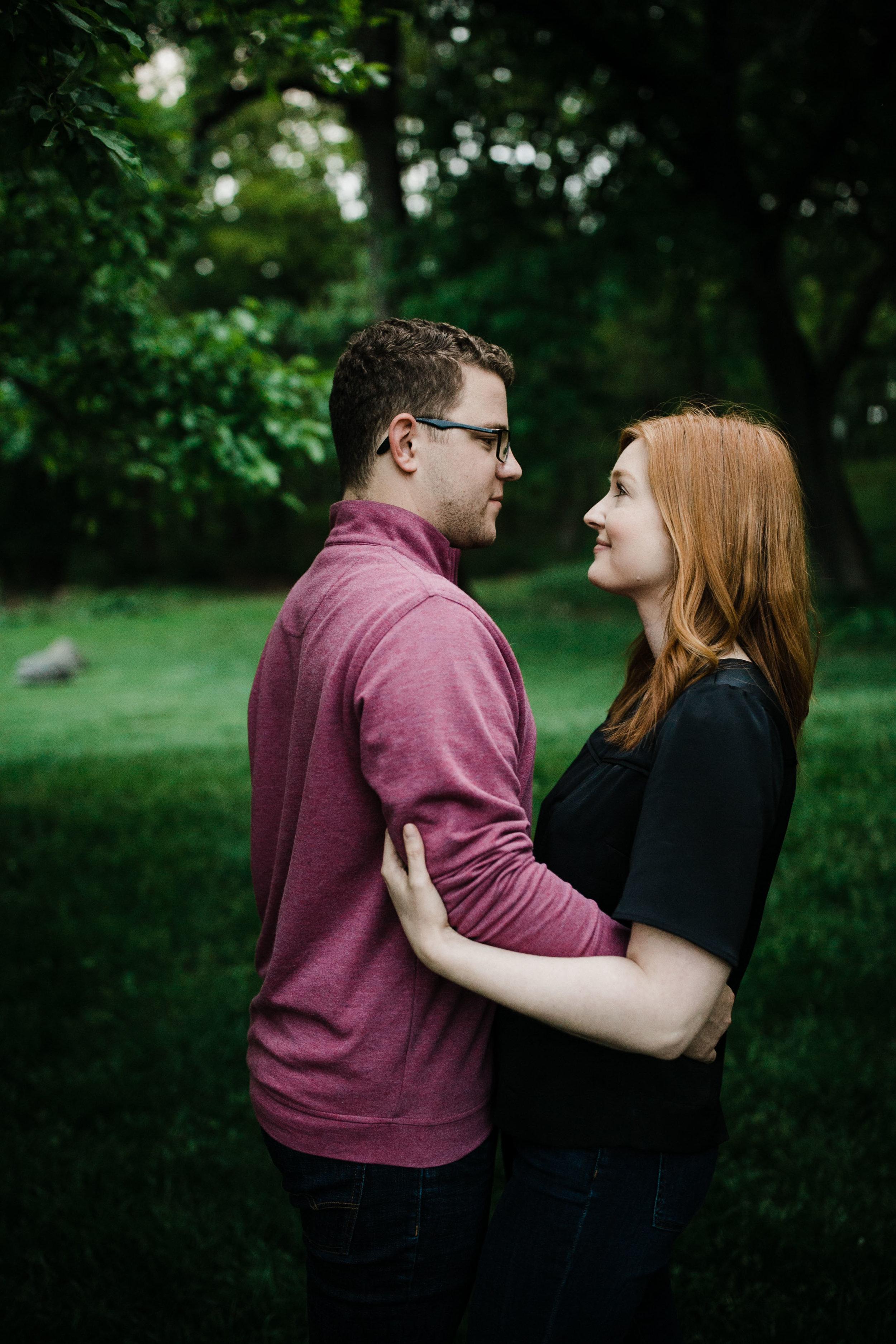 Des Moines Iowa Engagement Photographer